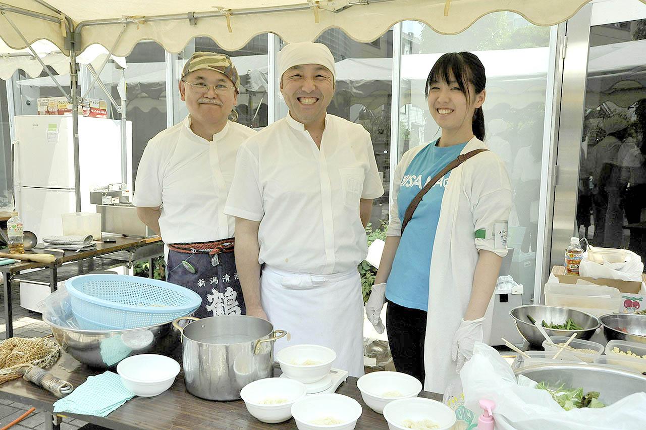 オリーブ創作料理麺部門1位・花は咲くさん
