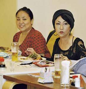 ▲(左から)上田さん、前島さん